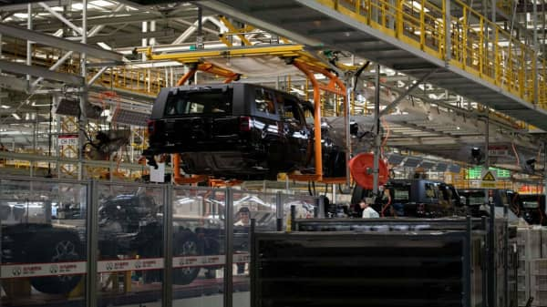 Fiat Chrysler will add production capacity to fulfill Jeep demand