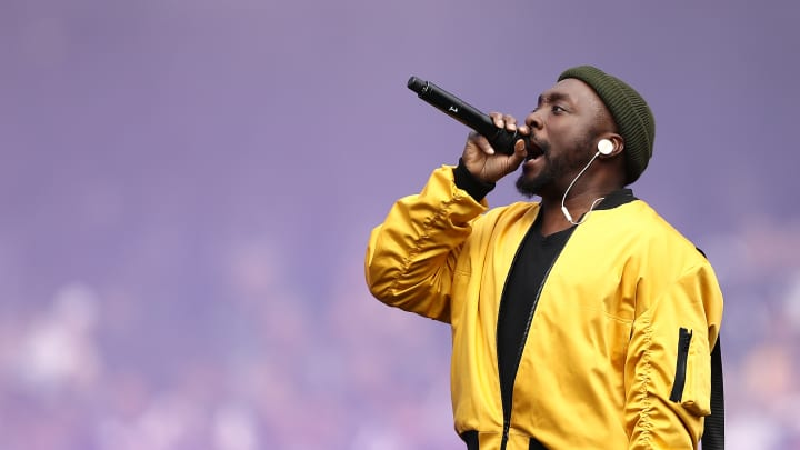 will.i.am of the Black Eyes Peas performs during the 2018 AFL Grand Final match between the Collingwood Magpies and the West Coast Eagles at Melbourne Cricket Ground on September 29, 2018 in Melbourne, Australia.
