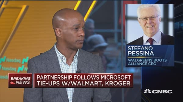 Microsoft and Walgreens unveil 7-year partnership agreement