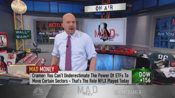 Netflix price bump means Amazon, Apple are bargains: Cramer
