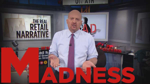 Cramer Remix: Don't take your cue on all of retail from Macy's