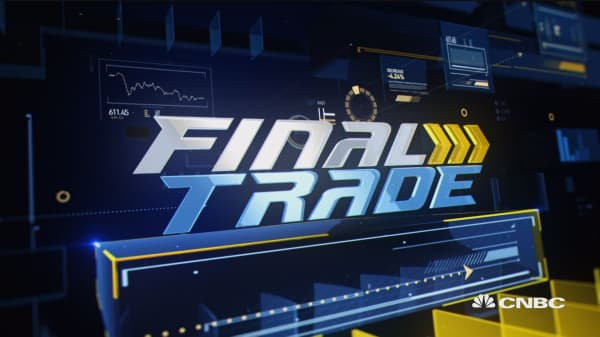 Final Trades: NFLX, GE & More