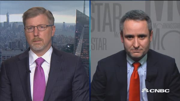 American Express risk does not concern us, says Morningstar's Colin Plunkett