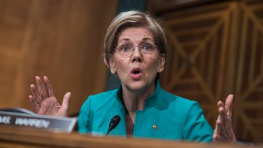Sen. Elizabeth Warren, D-Mass., questions Treasury Secretary Steve Mnuchin during a Senate Banking Committee hearing in Dirksen Building titled Domestic and International Policy Update, on May 18, 2017.