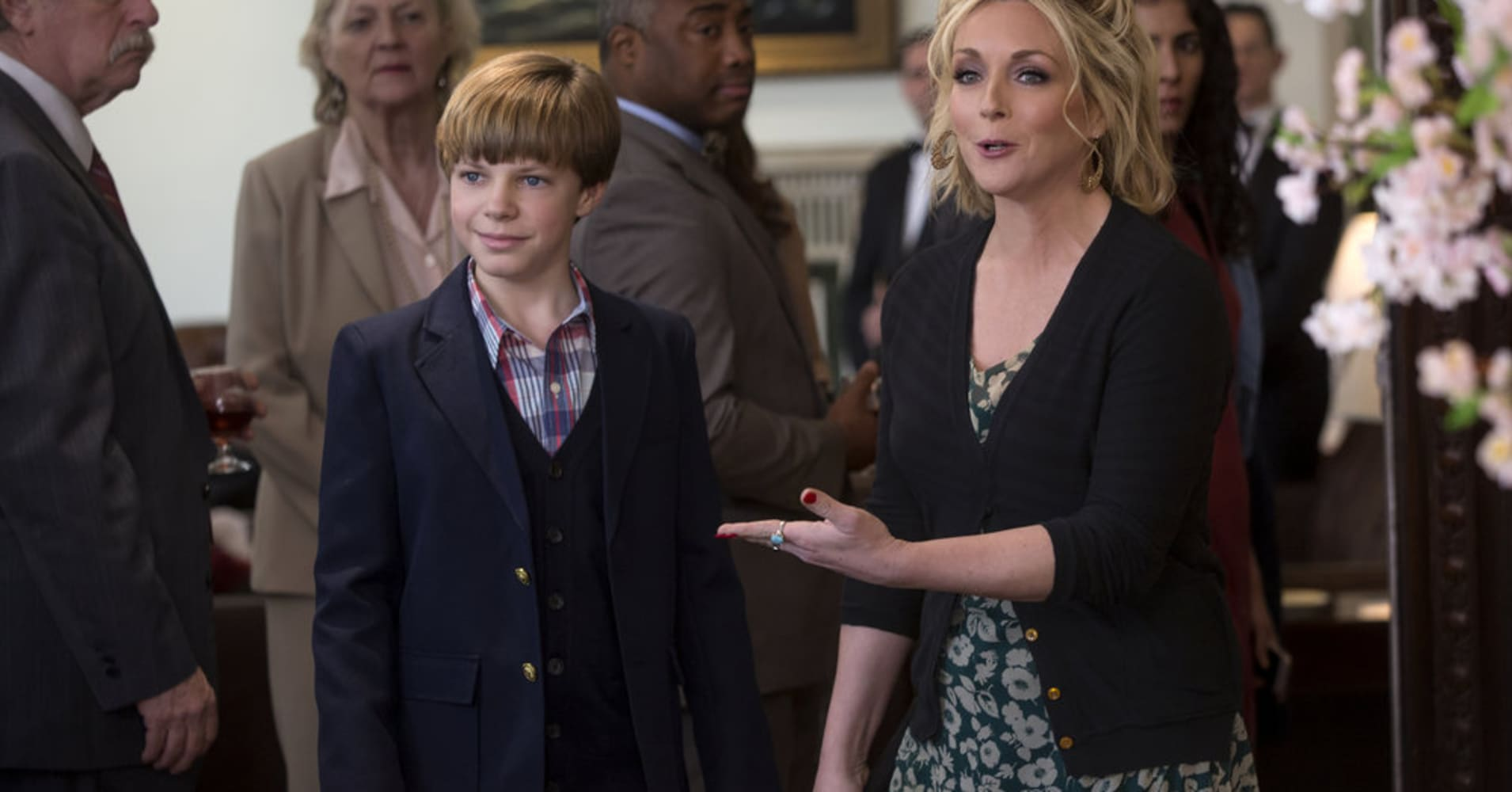 """UNBREAKABLE KIMMY SCHMIDT -- """"Kimmy Goes to Church!"""" Episode 309 -- Pictured: (l-r) Tanner Flood as Buckley, Jane Krakowski as Jacqueline White -- (Photo by: Eric Liebowitz/Netflix/Universal Television)"""