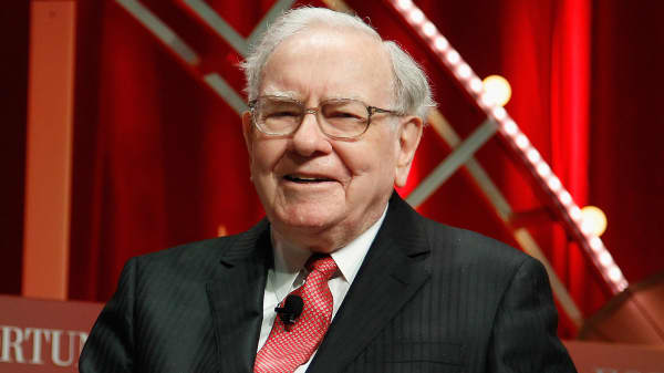 Suzy Welch: The No. 1 piece of Warren Buffett career advice that you should not ignore
