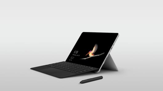 Microsoft's new Classroom Pen with the Surface Go.