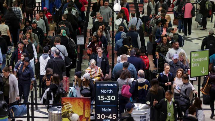 Long lines are seen at a Transportation Security Administration (TSA) security checkpoint at Hartsfield-Jackson Atlanta International Airport amid the partial federal government shutdown, in Atlanta, Georgia, U.S., January 18, 2019.