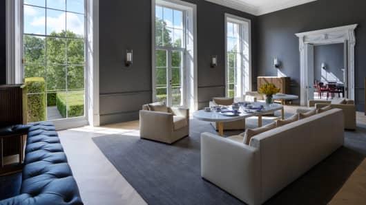 Billionaire Ken Griffin buys $122 million London mansion