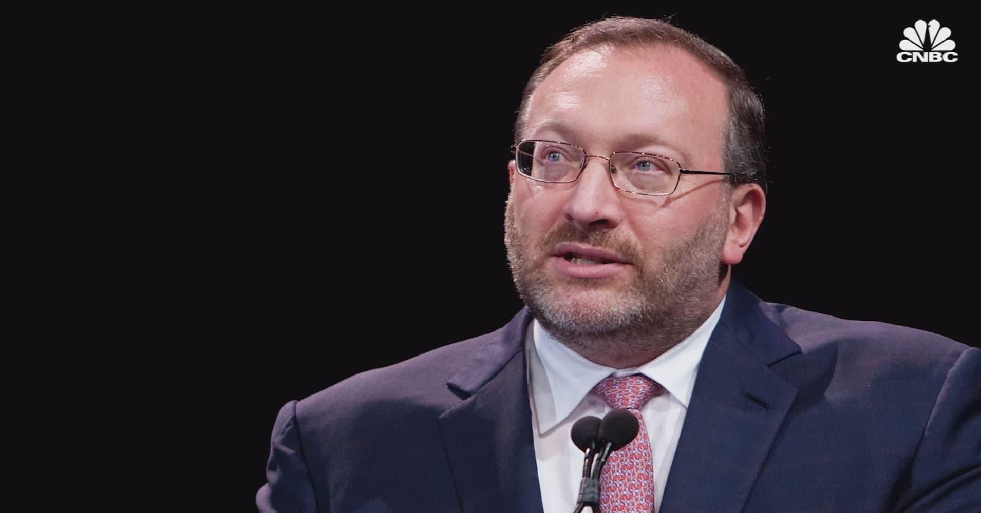 Hedge fund billionaire Seth Klarman warns of next financial crisis – Dalio, Sorenson, Schwarzman respond