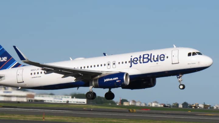 9f65bb1459 JetBlue upgrading status in the airline market
