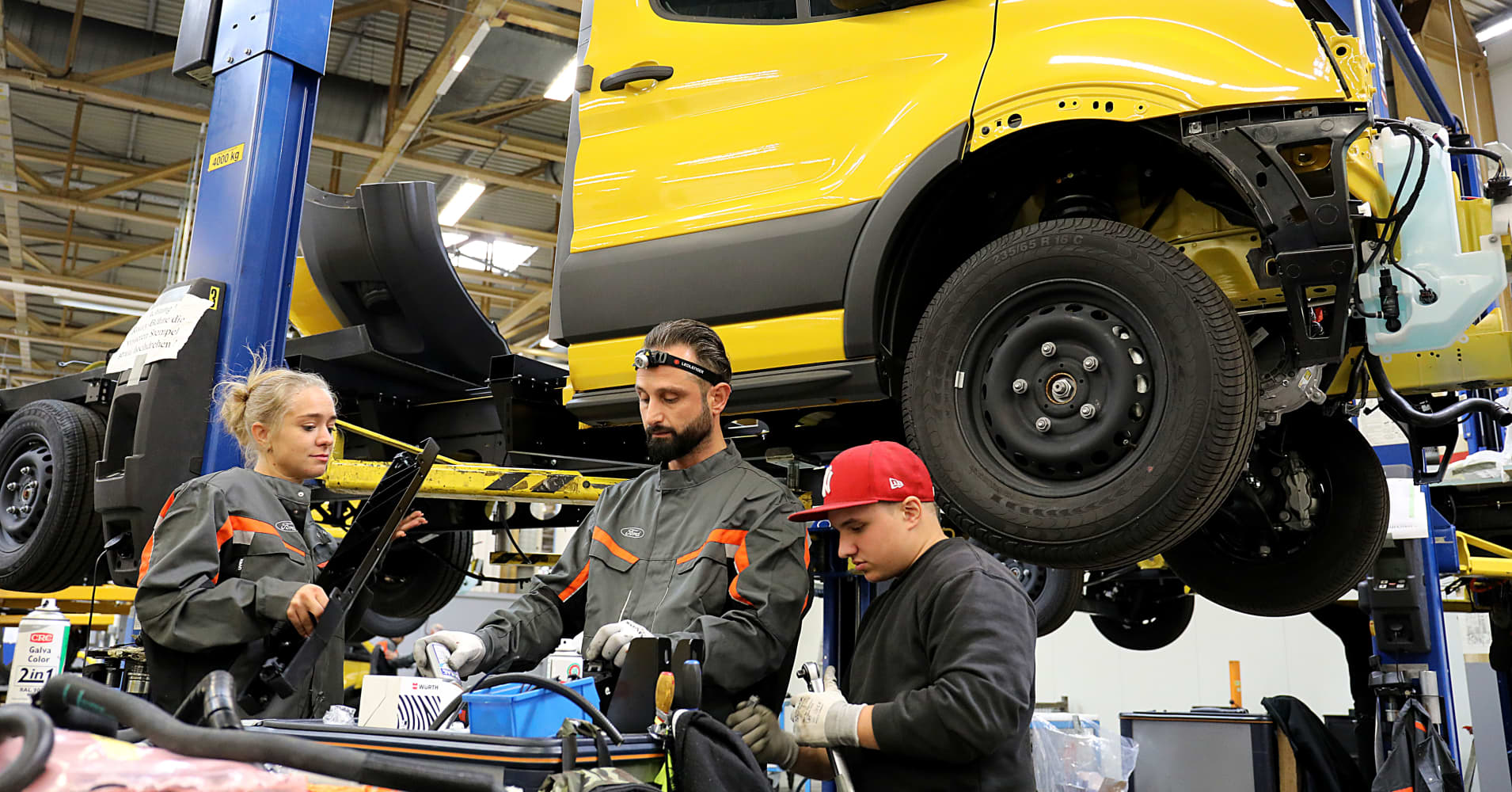 Ford employees assemble the StreetScooter Work XL in North Rhine-Westphalia, Cologne. For the first time, Deutsche Post DHL is not building the street scooter itself, but in cooperation with carmaker Ford.