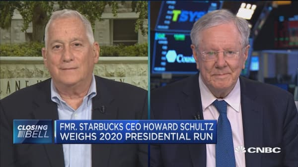 If Howard Schultz runs in 2020, he will most likely sever Starbucks ties: Expert