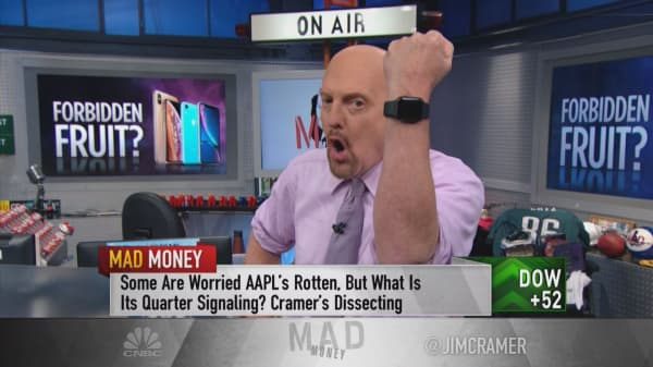 Cramer on Apple earnings: Haters have 'no more new ammunition'