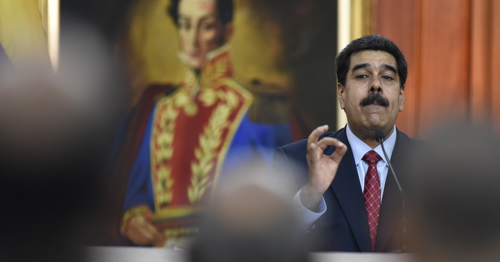 Venezuela crisis: Major global powers ordered to stop trading oil and gold assets with Maduro