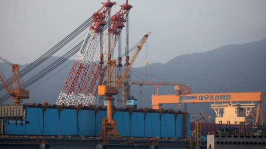 A container ship sits under construction at the Daewoo Shipbuilding & Marine Engineering shipyard in Geoje, South Korea on Jun 28, 2017.
