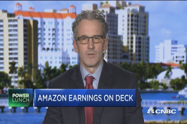 Watching for Amazon's online sales growth, says Wall Street analyst