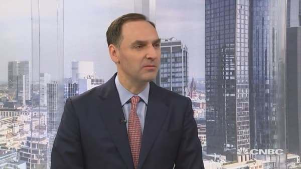 We control our own fate, Deutsche Bank CFO says