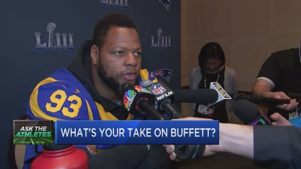 CNBC ASKS THE SUPER BOWL ATHLETES: what's your take on Warren Buffett?