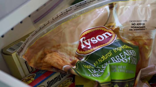 A bag of Tyson Foods Inc. frozen chicken is arranged for a photograph in Tiskilwa, Illinois, U.S., on Thursday, May 5, 2016. Tyson is scheduled to release earnings figured on May 9.