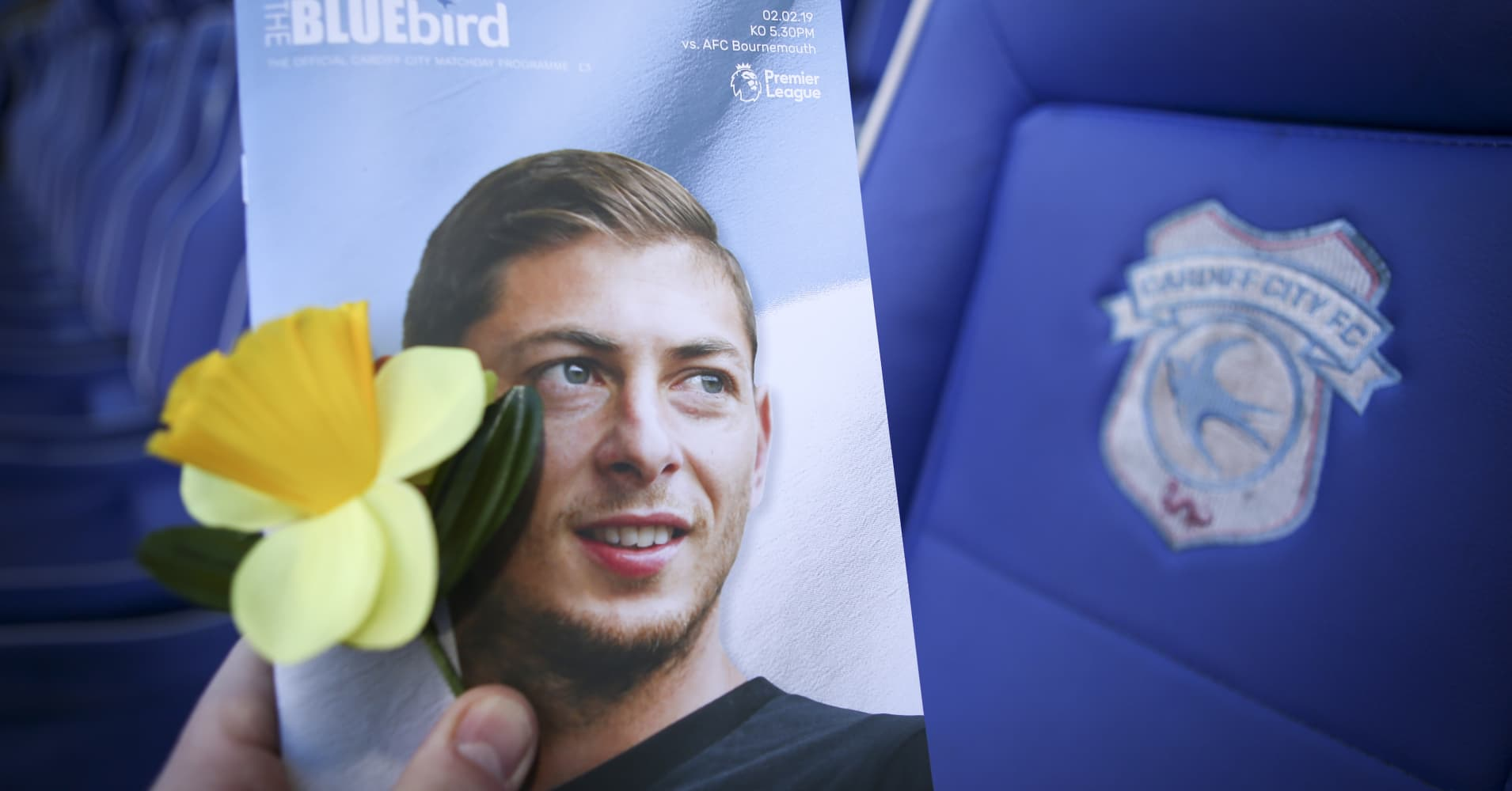 Body found in wreckage of plane carrying soccer player Sala, investigators say