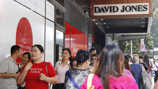 Shoppers outside of the David Jones Elizabeth St store during the Boxing Day sales on December 26, 2018 in Sydney, Australia. Boxing Day is one of the busiest days for retail outlets in Sydney with thousands taking advantage of the post-Christmas sale prices.
