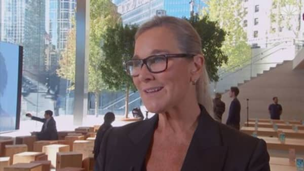 CNBC's 2017 conversation with outgoing Apple retail chief Angela Ahrendts