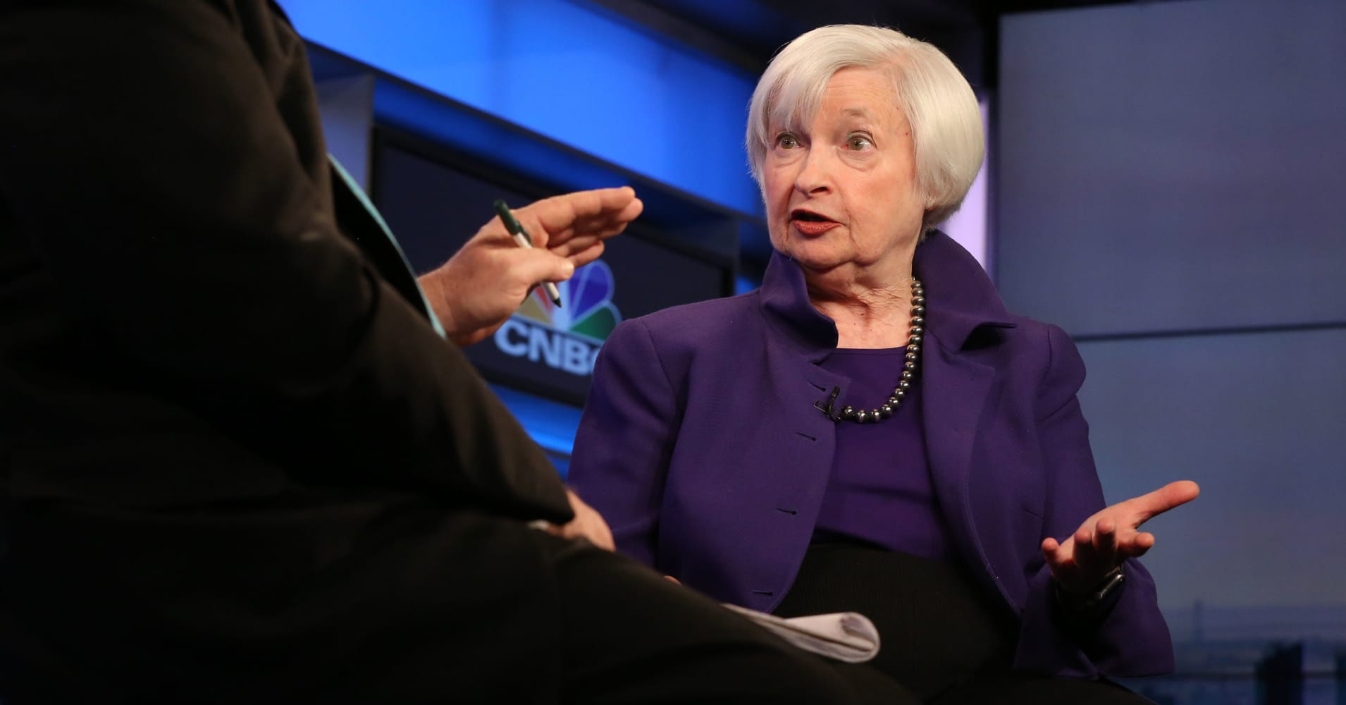 Janet Yellen worries Trump comments could hurt confidence, says Fed should remain independent