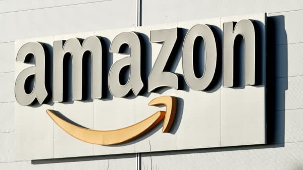 Amazon reconsidering New York headquarters after local opposition, according to Washington Post