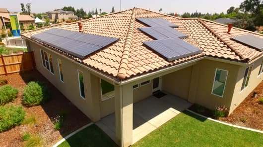 California solar panel mandate could cost new homeowners big on