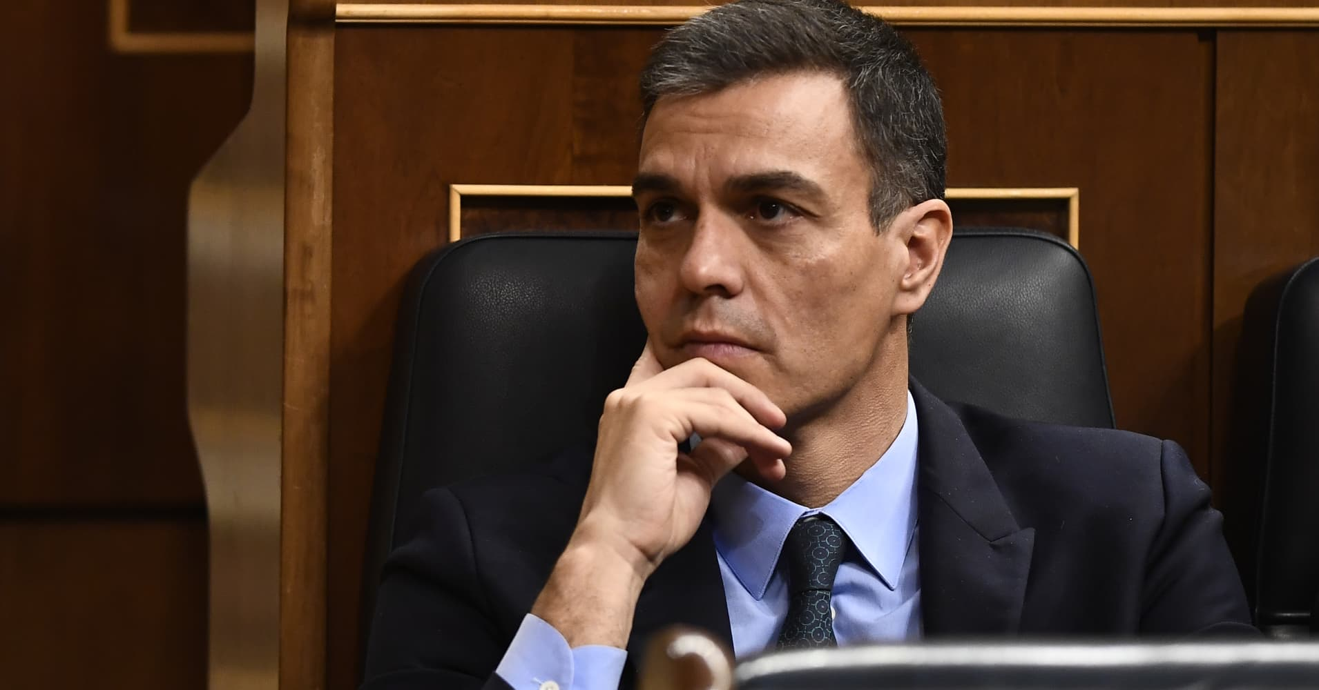 Spain's government loses budget vote, paving way for snap election