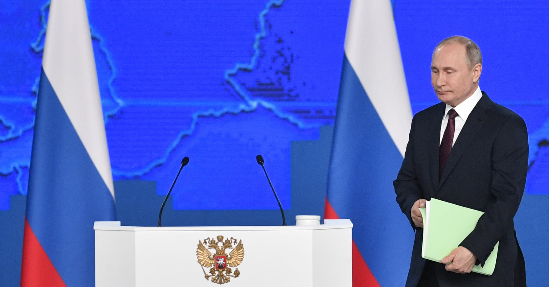 Putin wants mortgage relief and cash to people with more children