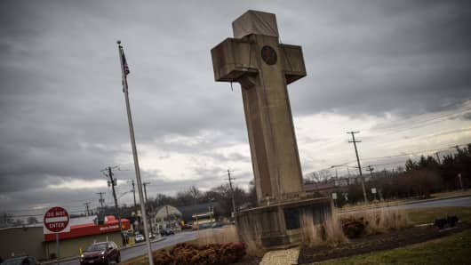 The World War I memorial cross in Bladensburg, Maryland -- near the nation's capital Washington -- is seen on February 08, 2019. The US government asked the Supreme Court to rule in favor of the cross that serves as a war memorial, which critics say is an unconstitutional state religious endorsement. Arguments are scheduled to be heard on February 27, 2019.