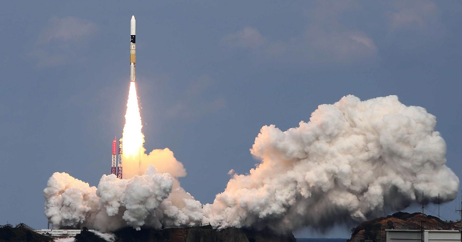 Japanese space probe touches down on asteroid to collect samples
