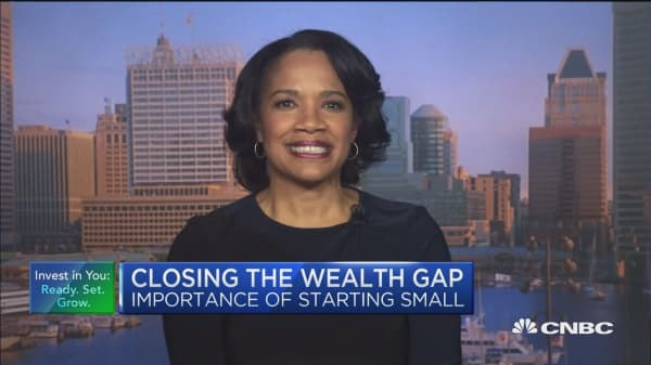 Closing the wealth gap can start with retirement savings, says financial advisor