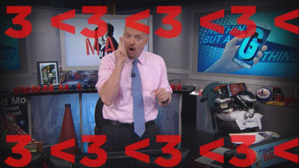Cramer Remix: This tech stock is worth buying ahead of the 5G rollout