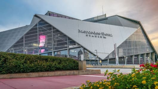 Mercedes-Benz Stadium in Atlanta will become the first professional stadium to become cash free.