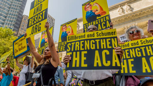 Activists marched to the offices of Senators Schumer and Gillibrand in New York City on September 5, 2017; carrying a giant lunchbox filled with messages from constituents that urged them to get Back To Work and Save Our Healthcare.