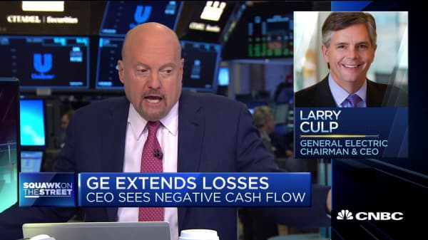 Cramer on cash-flow news from GE's CEO: 'You dropped a bomb on my head'