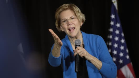 Sen. Elizabeth Warren (D-MA) speaks to potential voters during a campaign stop at the Veterans Memorial Building on February 10, 2019, in Cedar Rapids, Iowa.