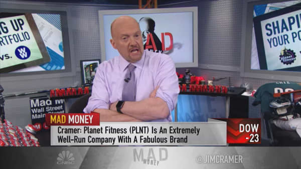 Cramer: Why Planet Fitness is working out and the new Weight Watchers isn't