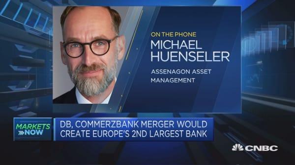 Not too optimistic on Deutsche Bank-Commerzbank merger, strategist says