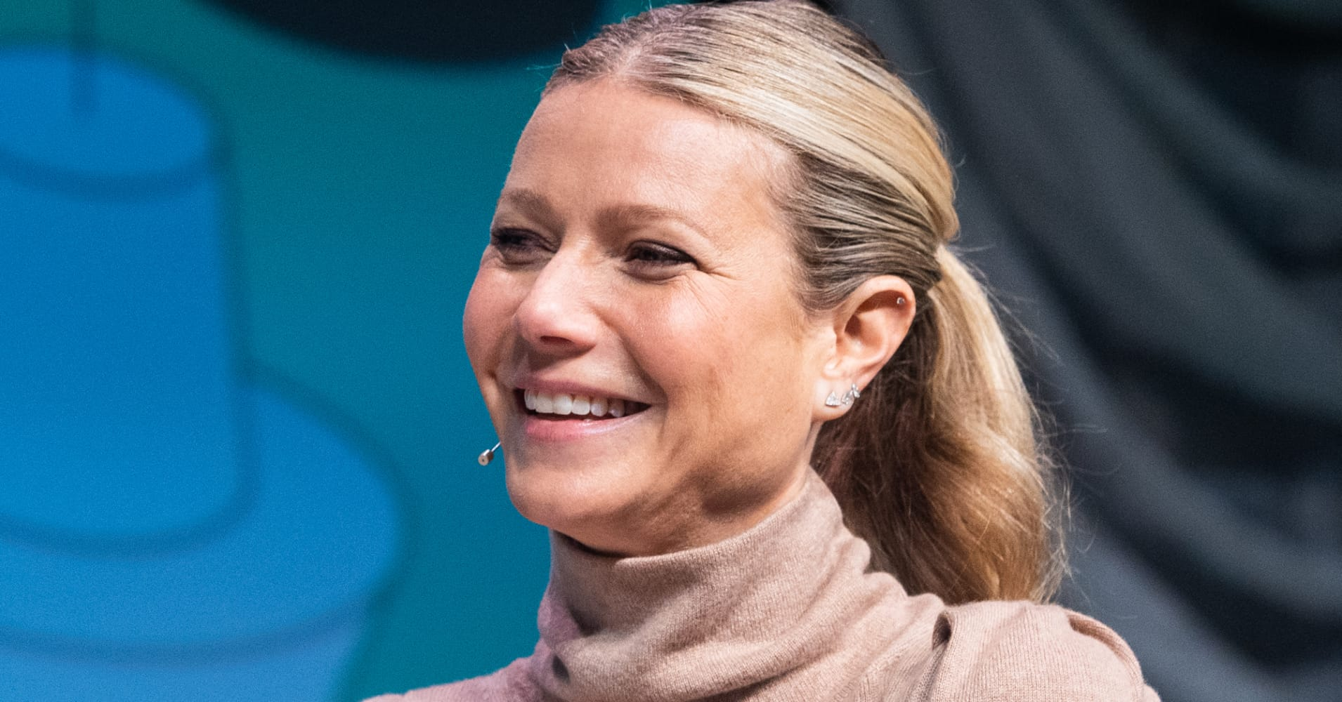 Jeff Bezos hasn't returned Gwyneth Paltrow's email yet — but here's what she would ask him