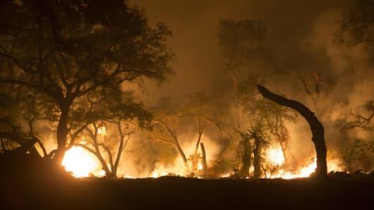 December 7, 2017 - Thomas fire approaching Santa Paula near highway 150 in Southern California
