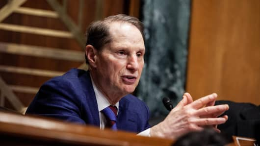 Senator Ron Wyden, a Democrat from Oregon and ranking member of the Senate Finance Committee, speaks during a hearing with Robert Lighthizer, U.S. trade representative, not pictured, in Washington, D.C., U.S., on Tuesday, March 12, 2019.