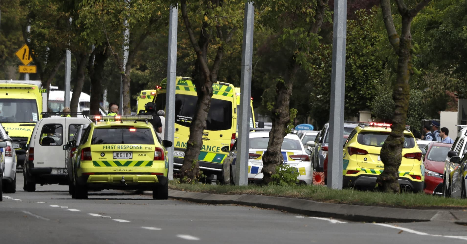 40 people killed in shootings at New Zealand mosques, prime minister says