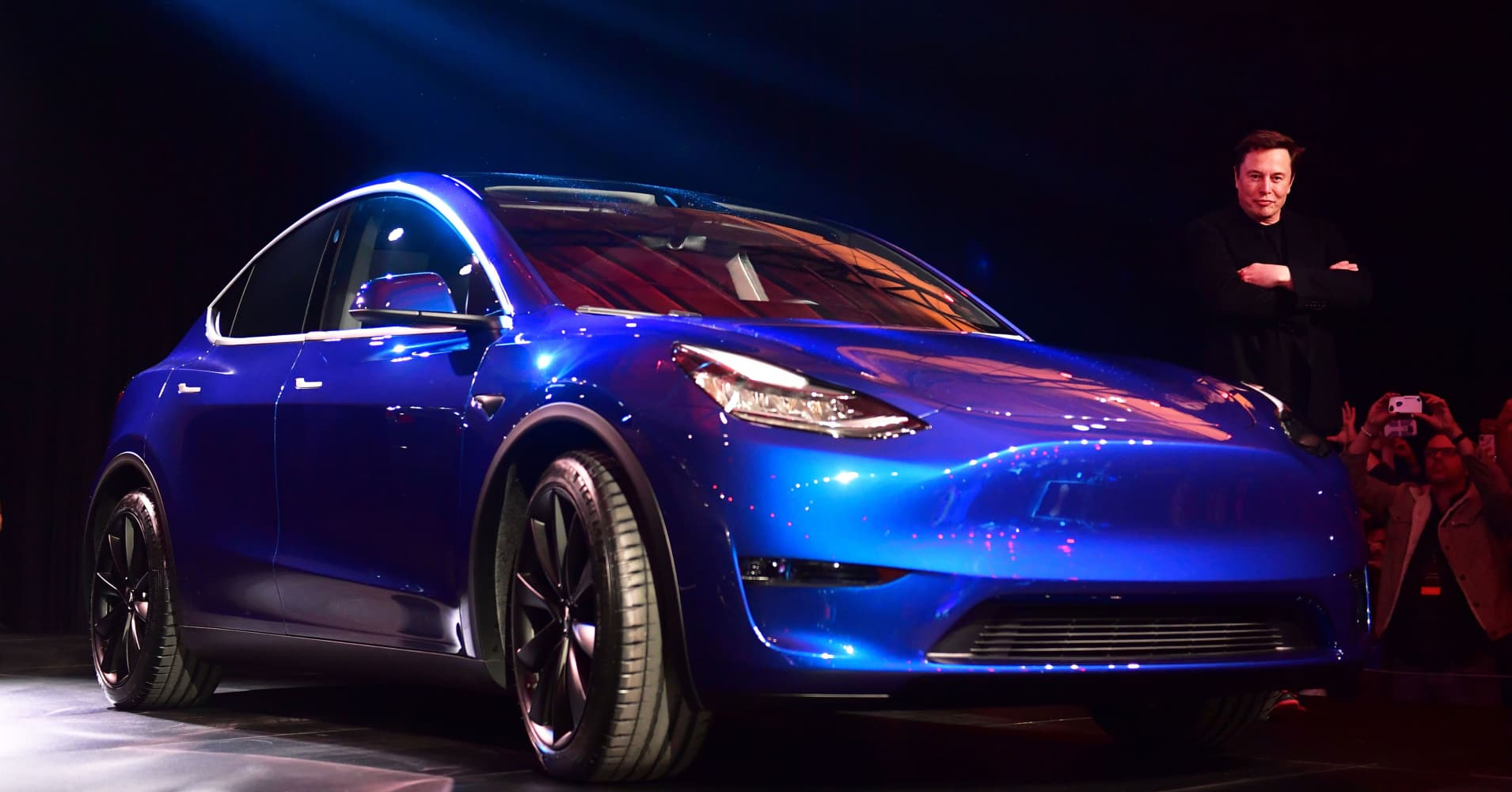 Elon Musk celebrates flawed Tesla Autonomy Day with employee email