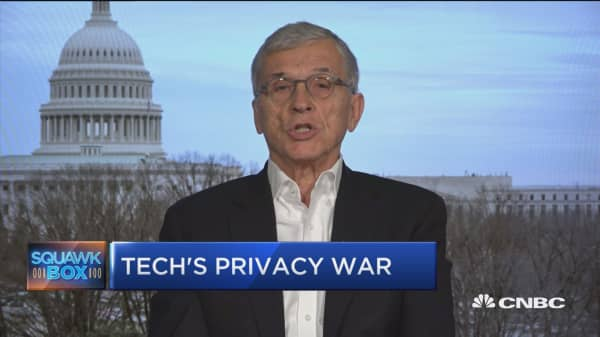 Former FCC Chairman under Obama weighs in on data privacy, big tech regulation