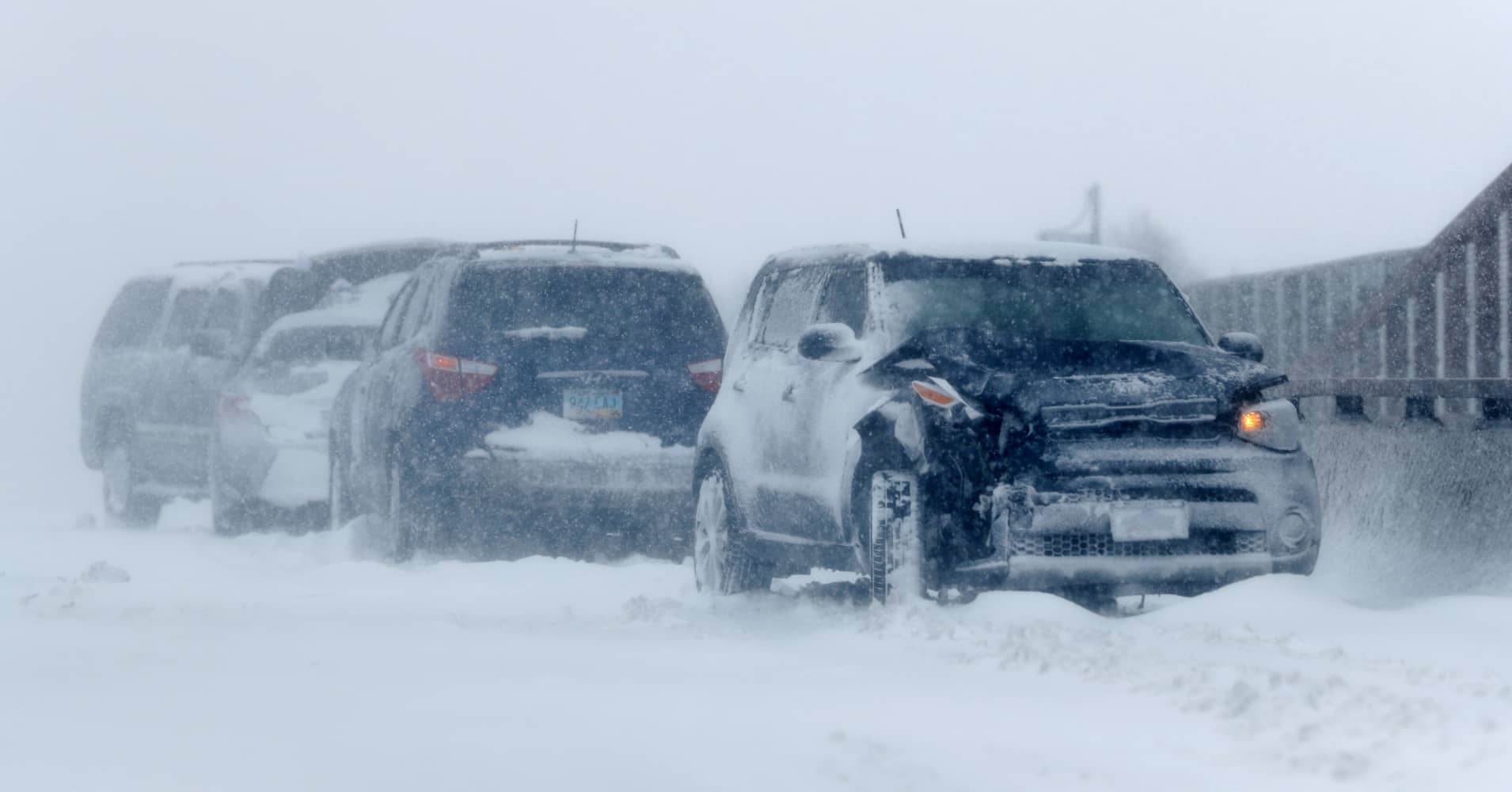 'Bomb cyclone' pushes east across the US leaving blizzards, floods and tornadoes in its wake