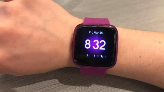 The Fitbit Versa Lite